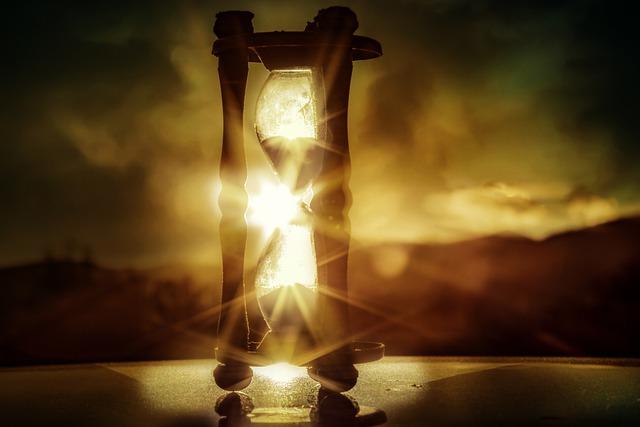davinci's hourglass